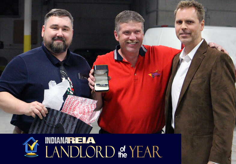 Fort Wayne REIA™ Landlord of the Year winner at Fort Wayne REIA meeting award ceremony Award winner Investors Club
